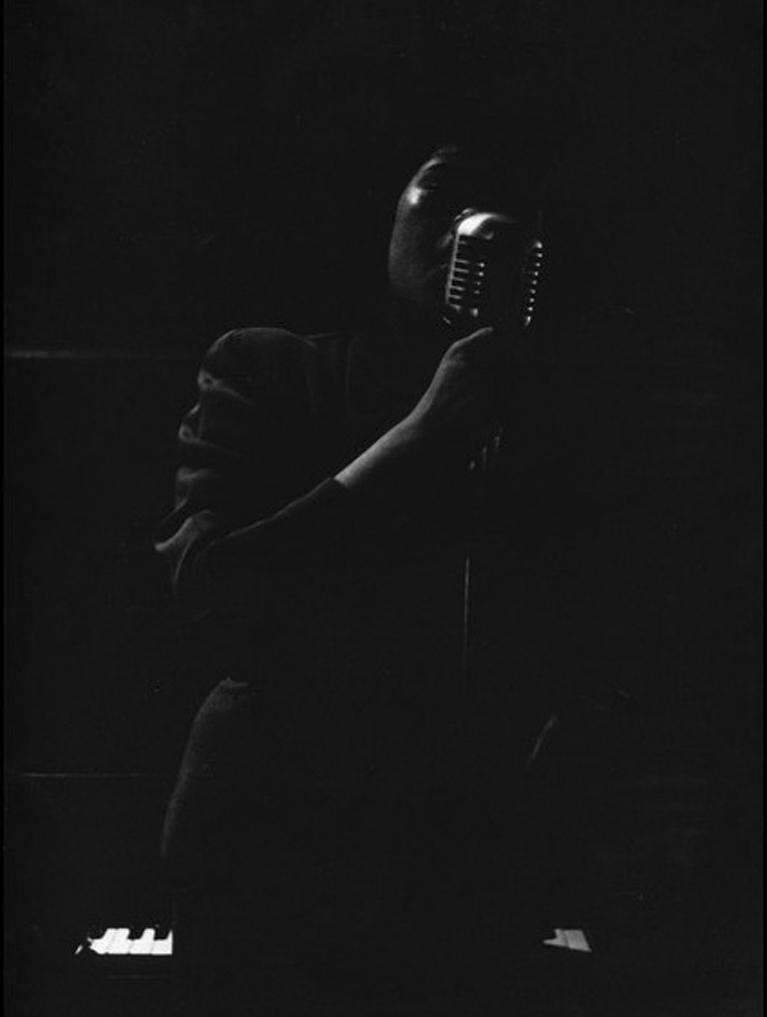 Roy DeCarava  Harlem12