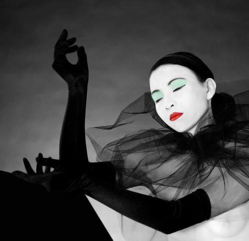 Pierrot (hommage à Serge Lutens)