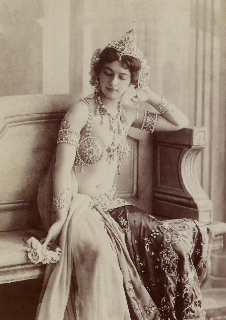 Mata Hari, 1910s