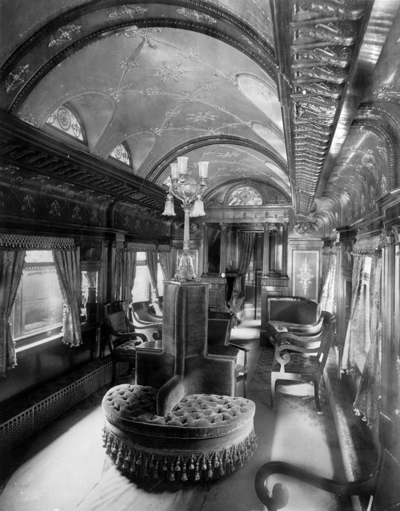 Train Travel in the 1800s3