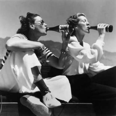 women-drinking1