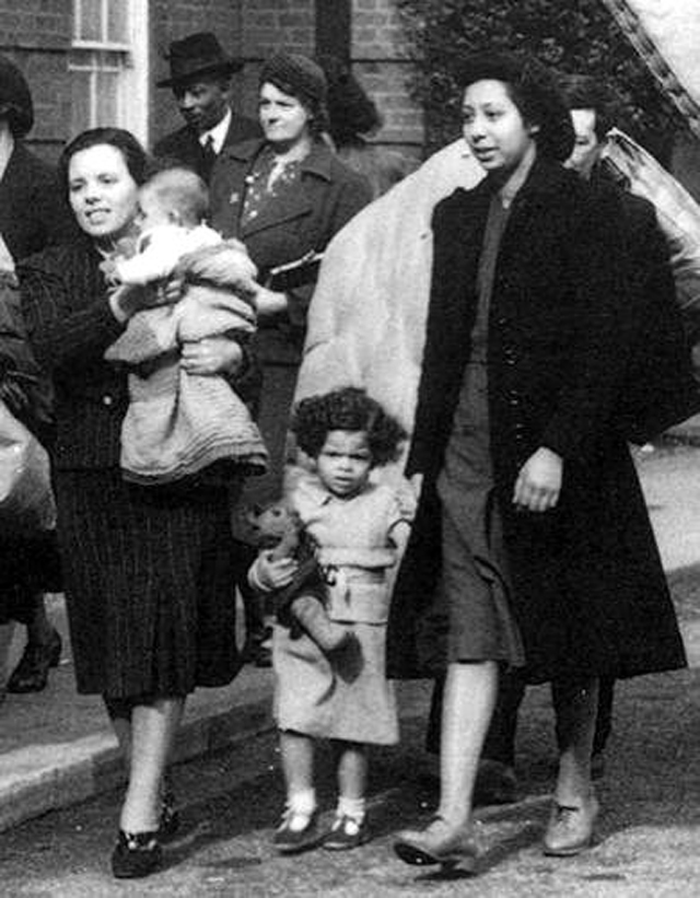 London Evacuees from the East End of London during the Second World War, 1939