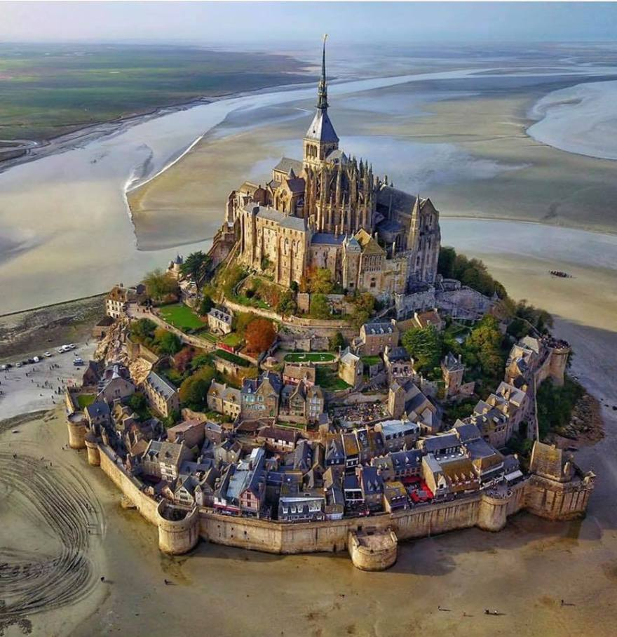 Mont Saint-Michel, low tide..