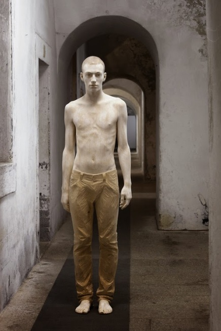 Italian Figurative sculptor Bruno Walpoth2