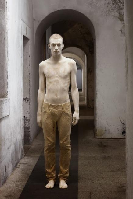 Italian Figurative sculptor Bruno Walpoth2