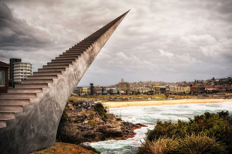 Staircase-statue-Bondi-Australia-best-creative-sculpture-in-the-world
